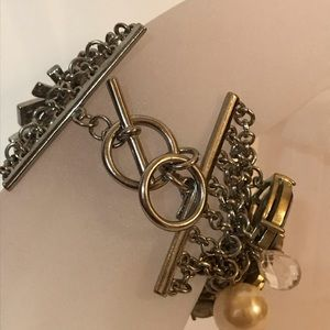 Banana Republic Jewelry - Banana Republic silver net bracelet w rhinestones